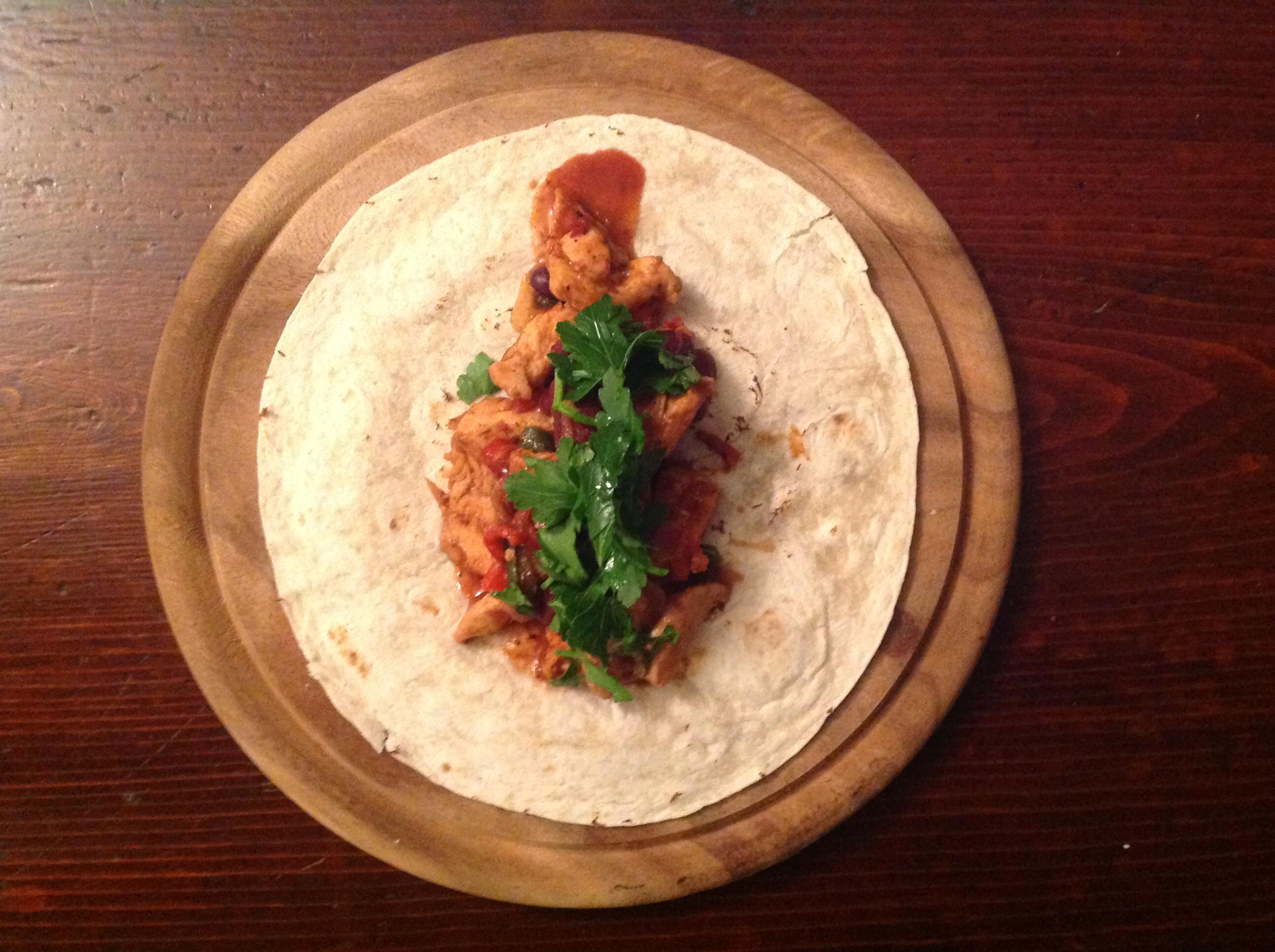 Tacos di Pollo speziato con lime e fagioli messicani